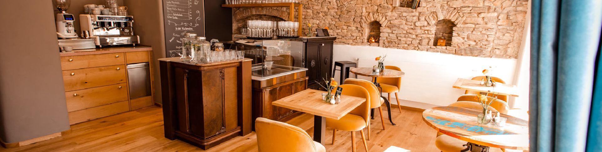 Ein gemütliches Café im Herzen der Stadt.